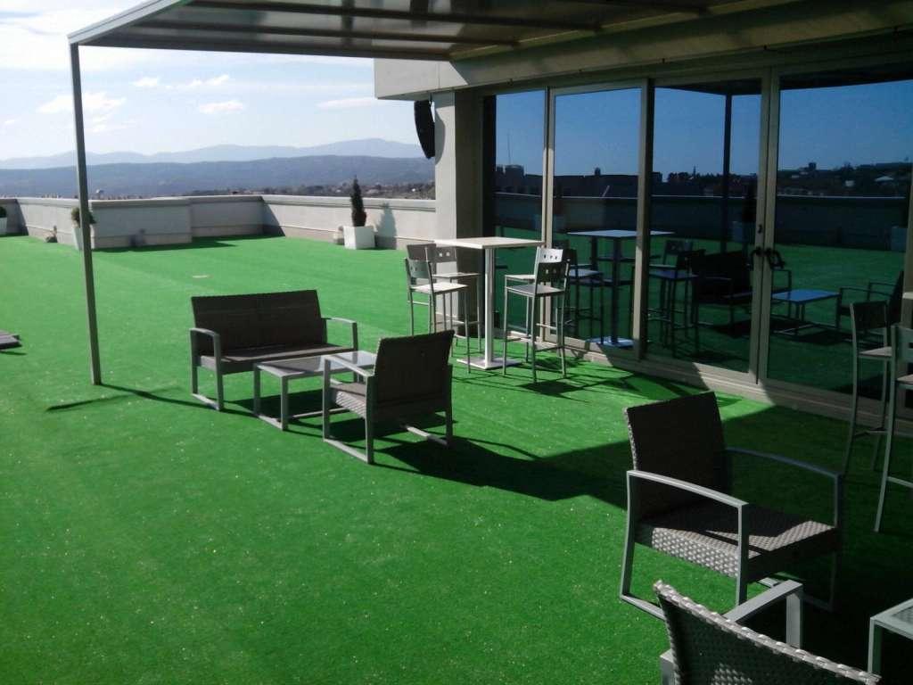Livinggrass casa verde - Cesped artificial terraza ...