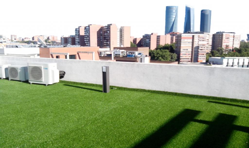 C sped artificial para terrazas y ticos cu l elijo - Cesped artificial terraza ...