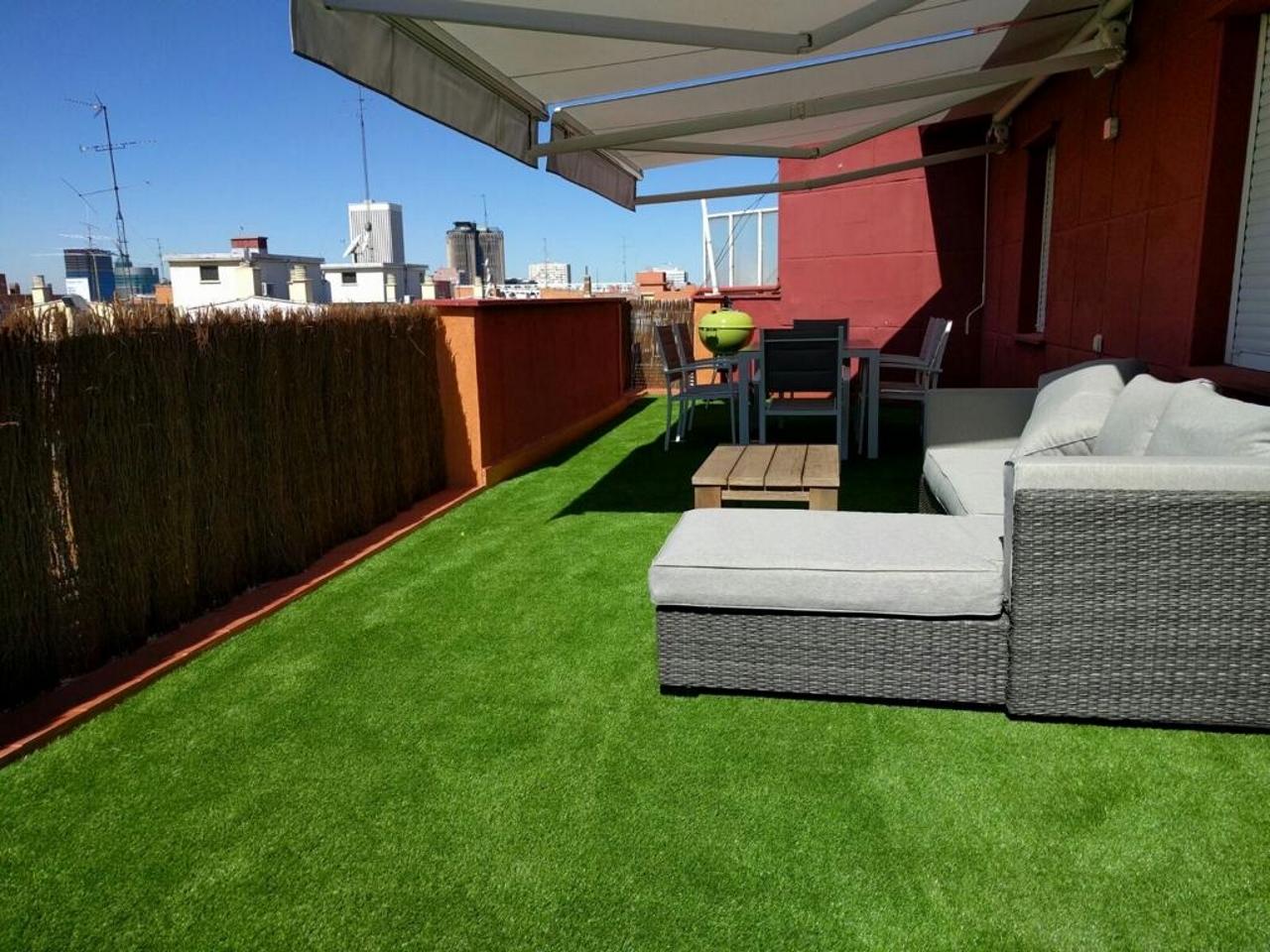 Césped Artificial Para Terrazas Y áticos Livinggrass